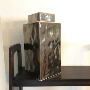 Pier 1 Rectangular Vase with Lid. Copper. EUC